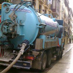 Camion cisterna absorción agua alta presion